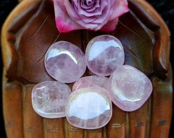 Juicy Rose Quartz Palmstone, Rose Quartz, Palmstone, Love, Metaphysical Crystal