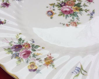 Minton Marlow Salad Plate Dish  Floral Vintage Bone China Near mint condition Wedding gift Collectible