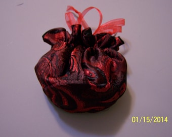 Jewelry Pouch in Red & Black Brocade