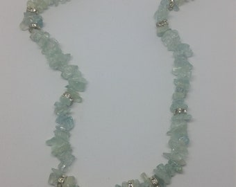 Aquamarine chips necklace
