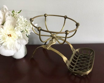 Brass Soap and Sponge Basket / Vintage Tub Soap Dish / Tub Rim Mount / Victorian Style / Claw Foot Tub Soap Holder
