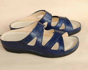 leather slippers in blue, biolife slipper, comfortable slippers, insole with leather, upper leather
