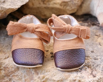 Baby girl linen and leather Mary Jane sandal style soft sole shoes booties.