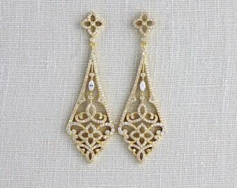 Gold Bridal earrings, Wedding jewelry, Crystal Wedding earrings, Swarovski earrings, Bridal jewelry, Chandelier earrings, Statement earrings