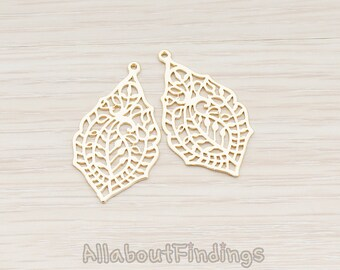 PDT411-MG // Matte Gold Plated Paisley Leaf Pendant, 2 Pc