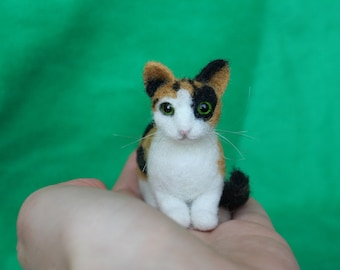 Miniature Needle Felted Cat. Calico Cat. Kitty. Green/Yellow Eyes. Realistic Cat. Pet. Felted Animal. Dollhouse Cat. Made to Order.