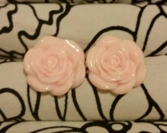 Light Pink Rose Earrings, Resin Rose Earrings, Flower Earrings, Pink Rose Earrings, Resin Roses, Cute Flower Earrings, Statement Earrings