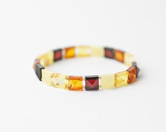 Baltic amber bracelet / Faceted amber bracelet