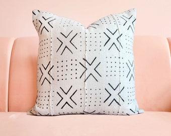 X Mudcloth Pillow, Cream Mudcloth, Mudcloth Pillowcover, Boho Pillow, African Mudcloth, Boho Decor, Tribal Pillow,Throw Pillow,Lumbar Pillow