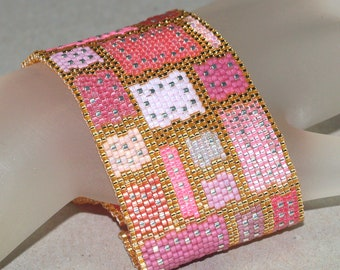 In Stitches, Pink and Precious ... Peyote Bracelet . Beadwoven Cuff . Geometric . Shiny . Gold . Silver . Patchwork Quilt . Blocks . Mauve