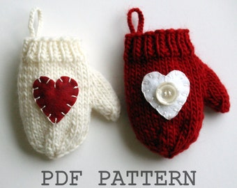 Knitting PATTERN / Christmas Decoration / Mini Mitten Ornament / Heart / Knit PDF Instant Download / DIY Gift Card Holder / Valentine's Day