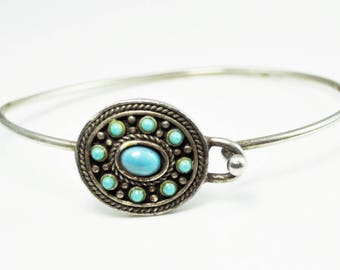 """Beautiful Silver Plated Wire Turquoise 22mm Oval 9 Stone Cluster Bracelet 8.5"""""""