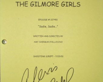The Gilmore Girls Signed TV Screenplay Script Lauren Graham Alexis Bledel autograph sadie sadie