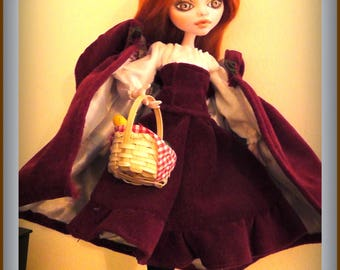 Monster High Clothes - Lil Red Ridding Hood