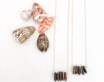 Beach Pebble Necklace | Beach Bar Necklace | Raw Stone Necklace | Beach Stone Necklace