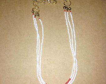 Necklace Golden beads red and white