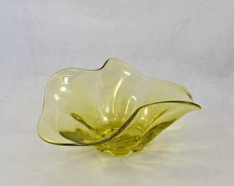 Hand Blown Yellow Art Glass Bowl, Vintage Elegant Mid Century Canary Yellow Glass Bowl