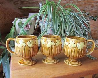 Vntg Yellow Wildflower Set Mugs Creamer Sugar