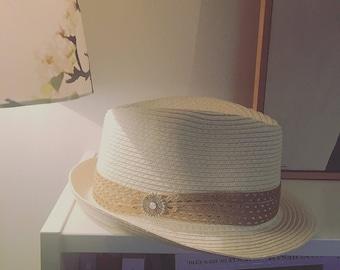 White/camel trilby hat size M/L