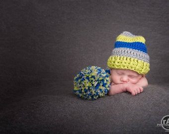 Newborn Elf set, Newborn Elf Hat, Photography Prop, Newborn Photo Prop, Long Tail Hat, Stocking Cap, Newborn Pom Pom Hat, Crochet Baby Hat
