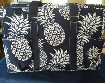 Pineapple Paradise Medium Tote Bag