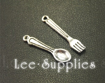 30pcs Antique Silver Alloy Tableware Spoon And Fork Charms Pendant A1923/A1924