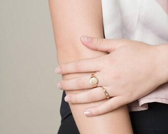 Brushed Signet ring, Brushed Seal ring, Siegelring, Chunky Ring, Statement Ring, Large Gold Ring, Large Silver Ring, Ring for Men & Women