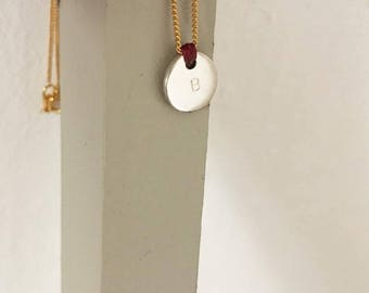Collar SEI/disco de plata de ley/cadena chapado/nudo de cordón/iniciales estampadas/regalo bonito.