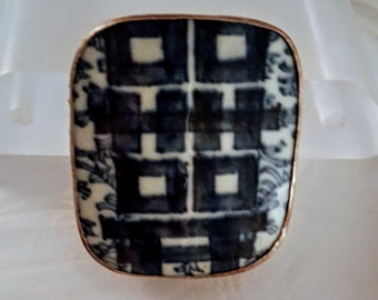 Chinese 80's Vintage Porcelain & Silver Repousse Shard Box- Blue and White Double Happiness