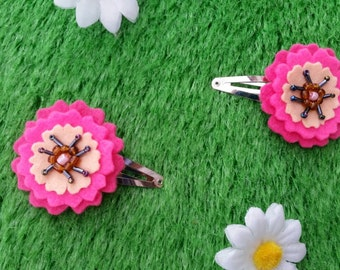 Felt flower hair clips (1 pair) by Sausage Cats