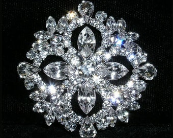 "Style # 15372 - Multi-Stone Diamond Cluster 1.75"" Button"