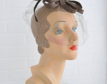 1950s Norman Paulvin Brown Bow Whimsy Hat