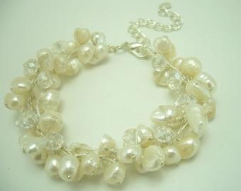 White Freshwater pearl,clear crystal bracelet.