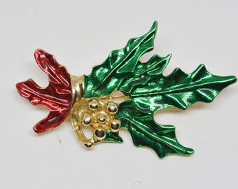 Lovely Christmas ornament brooch