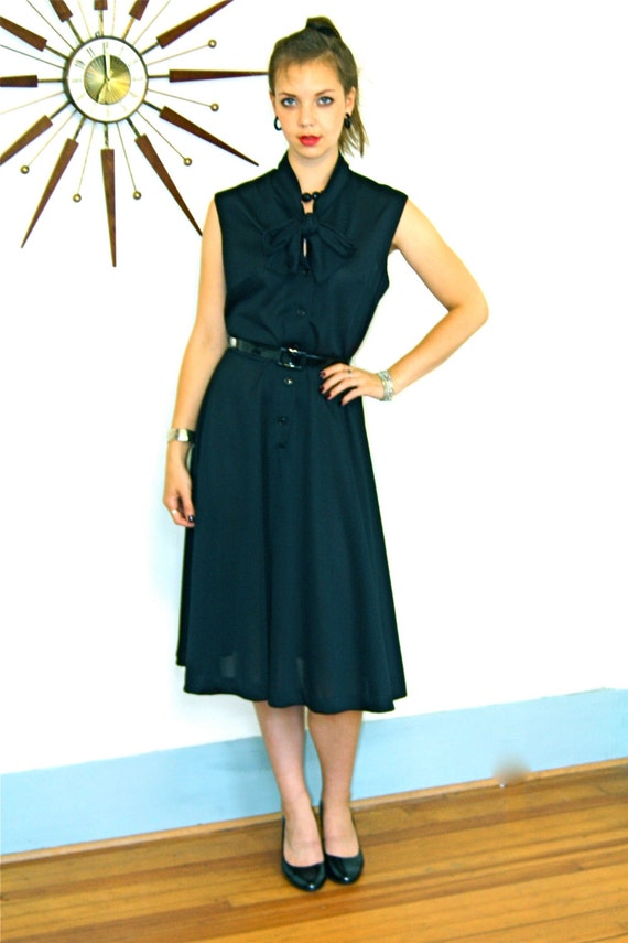 Pussy bow dress, little black dress, vintage 70s dress, pussybow tie collar, fit and flare, librarian dress, sexy secretary, Plus Size Dress