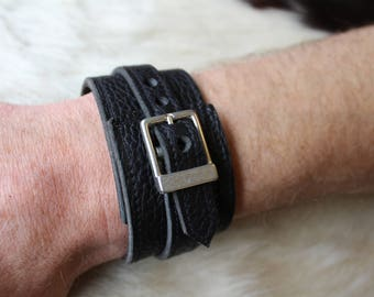 black leather strap. wrist strength; Bracelet of strength; Black Leather Bracelet (101)