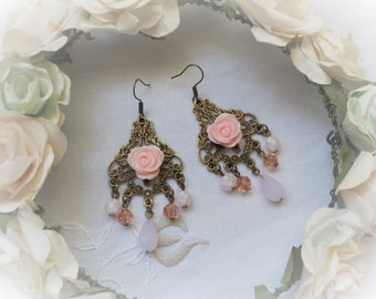 Shabby chic metal bronze and pink flower