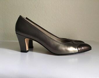 Vintage Shoes Women's 90's Salvatore Ferragamo, Gold, Copper, Heels (Size 6N)