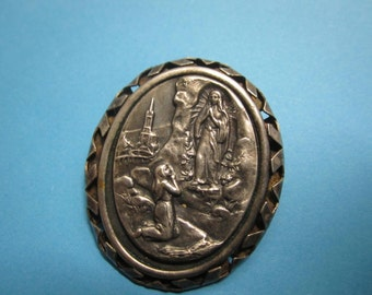 Antique Brooch of the Apparition of Lourdes Religious Medal Jewelry