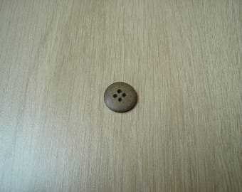 wood effect button round shape