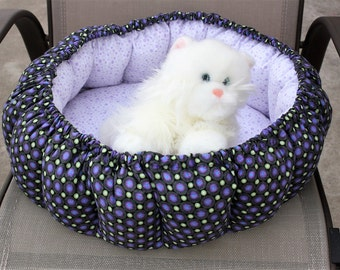 Cat bed, indoor cat bed, round cat bed, fabric pet bed, purple cat bed, washable pet bed, pet bedding, stuffed pet bed, pet bed