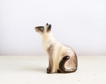 Animal Totem Siamese Cat, cat totem tiny figurine, home decor for cat lovers, pocket zoo, beige and brown, cats lovers gift ideas
