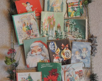 Twisted Wire Photo - Greeting Card Wall Holder With Vintage Christmas Cards