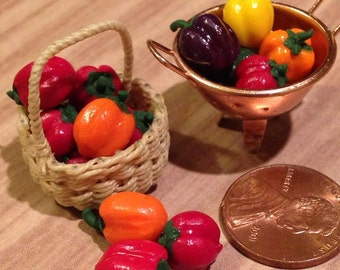 Dollhouse Miniature Food - Miniature polymer clay peppers