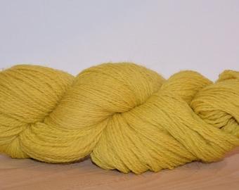 Naturally dyed wool yarn