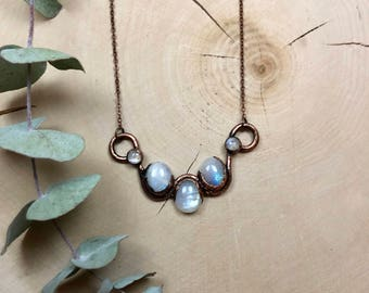 Alyssa Necklace - Moonstone