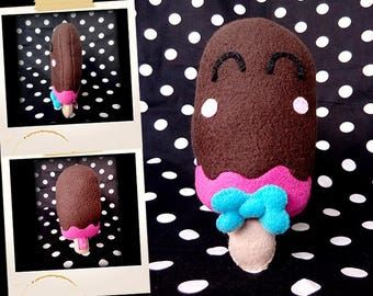 Plush in the shape of chocolate and raspberry APLUCHES
