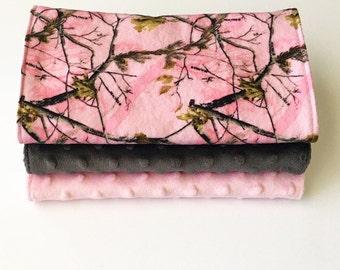 Baby Burp Cloths // Pink Camo // Pink Minky // Gray Minky // Girl Camo // Baby Gift // Newborn // Shower gift // Nursing // Woodlands