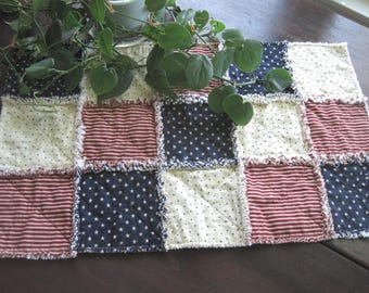 Patriotic Rag Table Mat - Primitive Americana - Red White and Blue Table Runner - Stars and Stripes - Country Farmhouse Kitchen - FREE SHIP