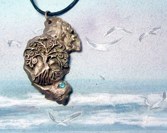 Unisex Pendant , meteorit handmade in goldbronze with an Yggdrasil, Celtic/viking Tree of life & a blue CZ zirconia, for men and women